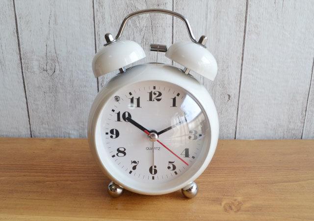 ダイソー 目覚まし時計(ラウンド型)