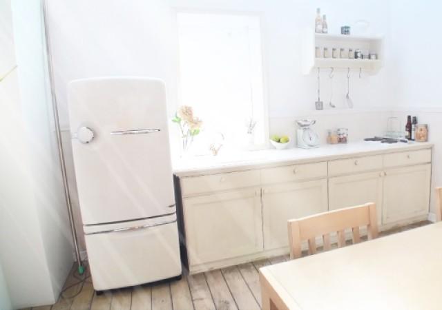 冷蔵庫 キッチン 画像