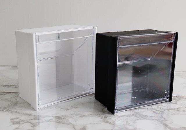 ダイソー マグネットスイングケース 100均 シンプル ホワイト ブラック 透明