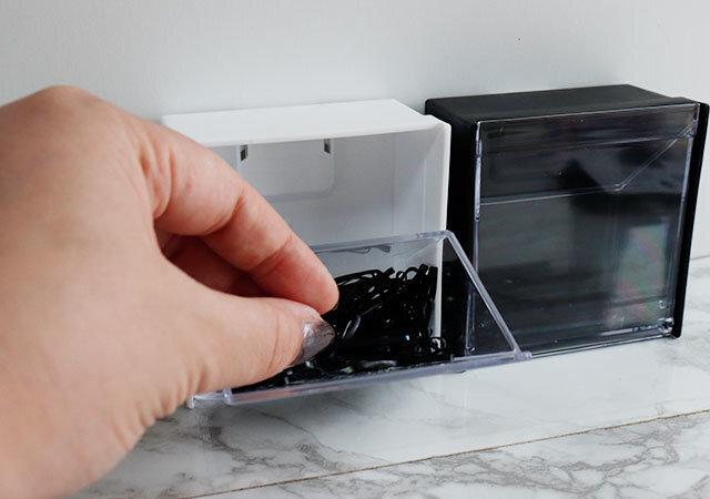 ダイソー マグネットスイングケース 100均 シンプル 便利 収納 冷蔵庫