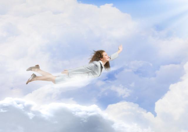 夢占い 空を飛ぶ夢